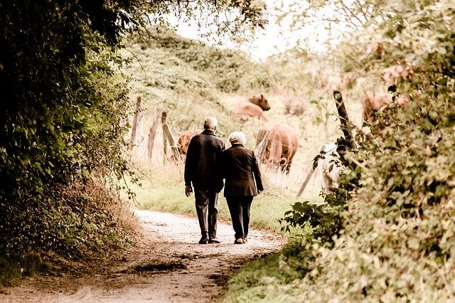 romantická procházka přírodou